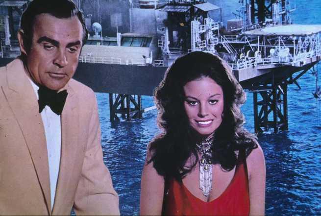 2/6 - Agente 007. Una cascata di diamanti