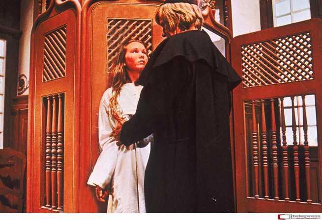 1/3 - Confessioni proibite di una monaca adolescente