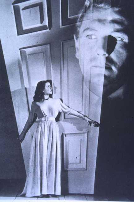 Dietro la porta chiusa 1948 for Porta chiusa