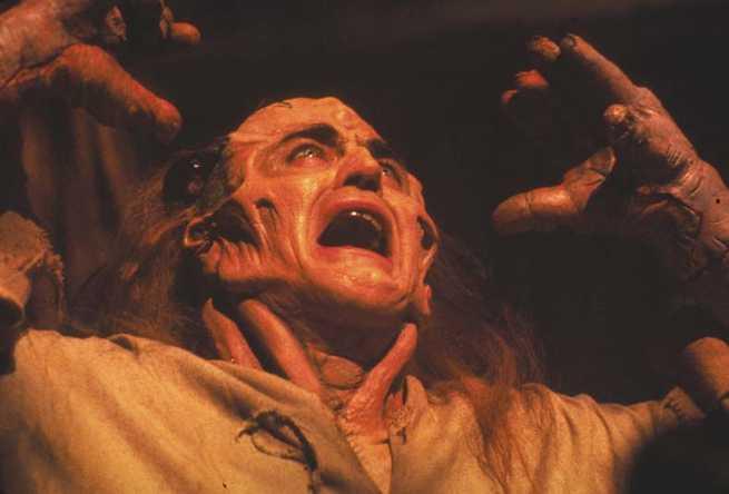 1/7 - Frankenstein oltre le frontiere del tempo
