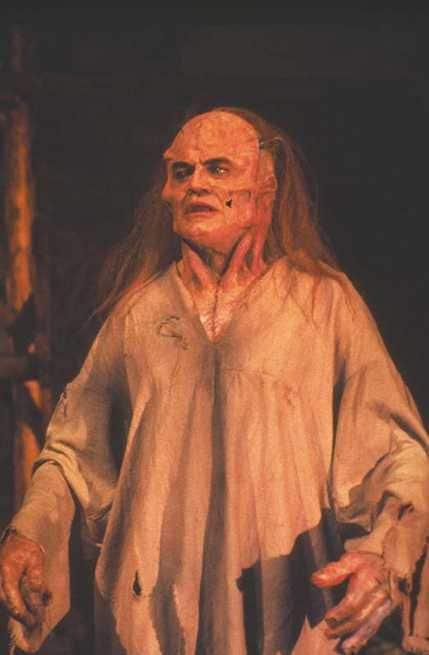 2/7 - Frankenstein oltre le frontiere del tempo