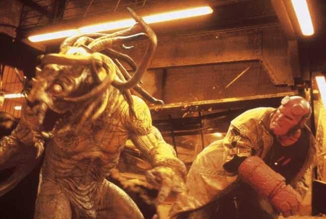 1/7 - Hellboy