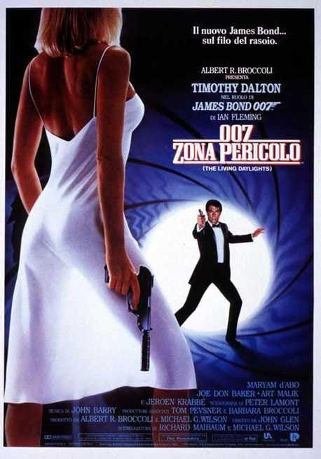 1/3 - Agente 007. Zona pericolo