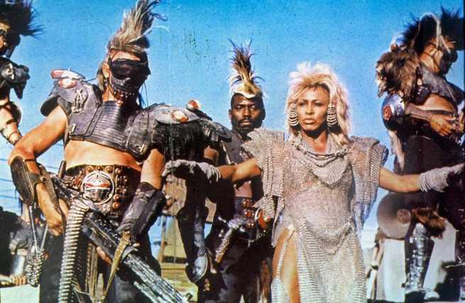 2/5 - Mad Max - Oltre la sfera del tuono