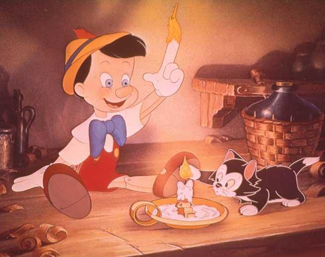 2/6 - Pinocchio