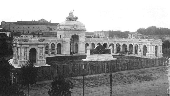 1/0 - Il monumento a Giuseppe Verdi