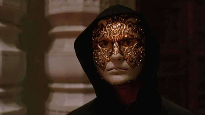 2/1 - Eyes Wide Shut