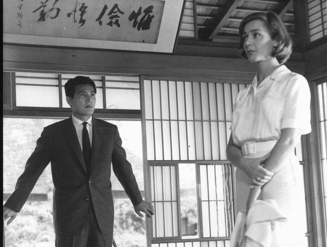 2/3 - Hiroshima, mon amour