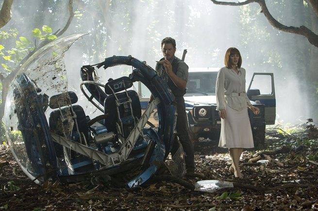 2/7 - Jurassic World
