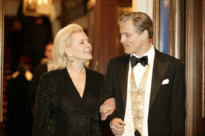 Lauren Bacall, Woody Harrelson