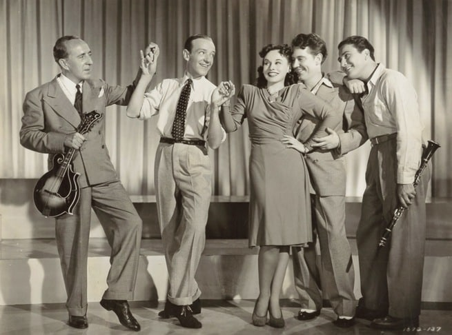 Fred Astaire, Paulette Goddard, Burgess Meredith