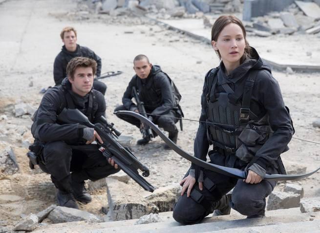 2/7 - Hunger Games: Il canto della rivolta - Parte 2