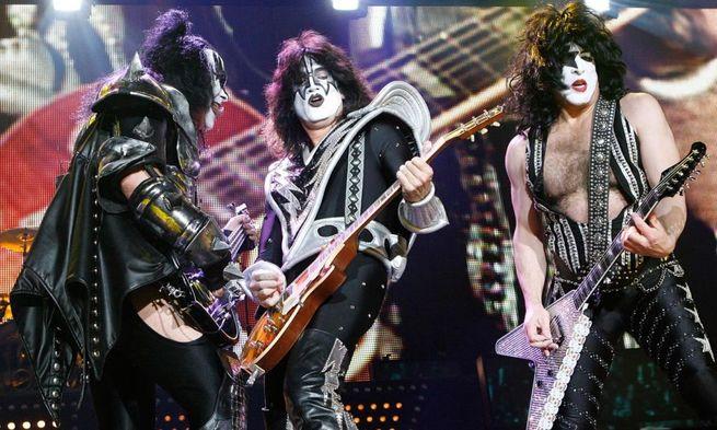 2/1 - Kiss Rock Vegas
