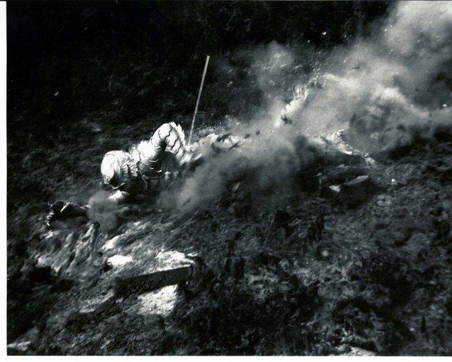 2/7 - Il mostro della laguna nera