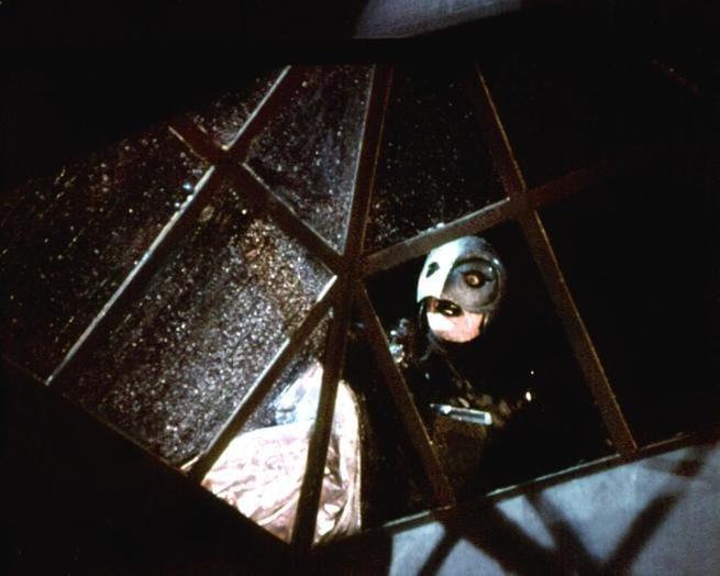 2/7 - Il fantasma del palcoscenico