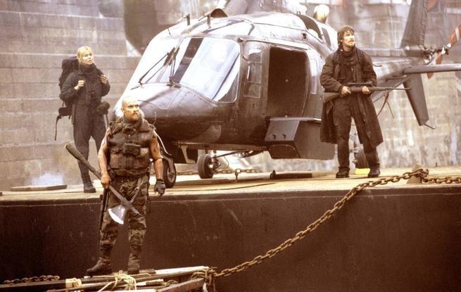 Izabella Scorupco, Christian Bale, Matthew McConaughey