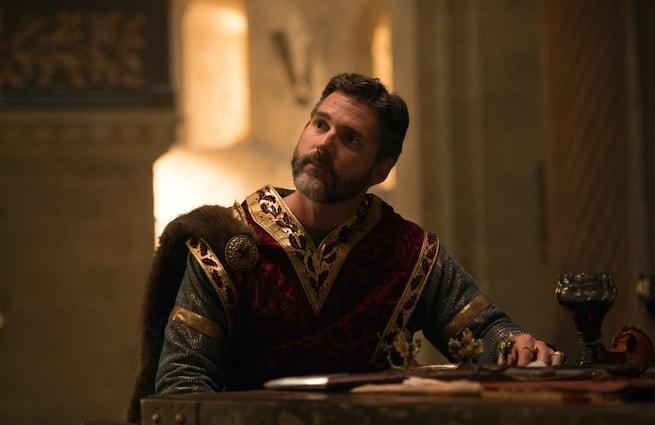 2/7 - King Arthur: Il potere della spada