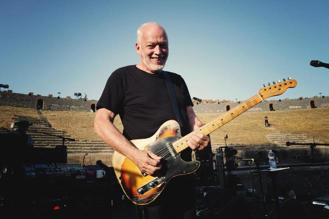 1/7 - David Gilmour Live at Pompeii