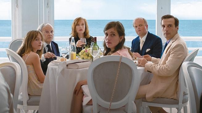 Isabelle Huppert, Jean-Louis Trintignant, Mathieu Kassovitz, Toby Jones, Laura Verlinden, Fantine Harduin
