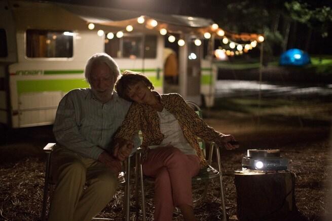 1/7 - Ella & John