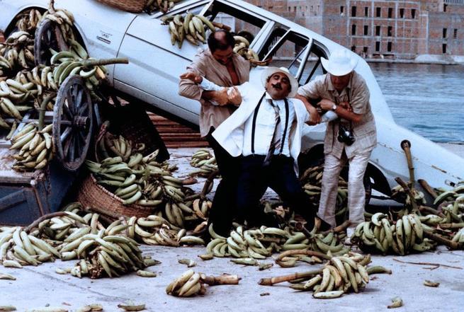 2/7 - Banana Joe