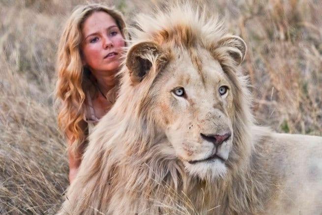 2/0 - Mia e il leone bianco