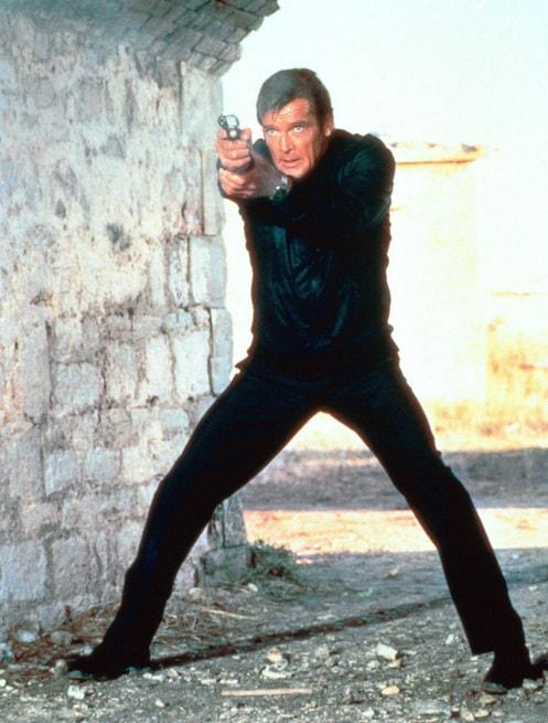 2/7 - Agente 007. Solo per i tuoi occhi