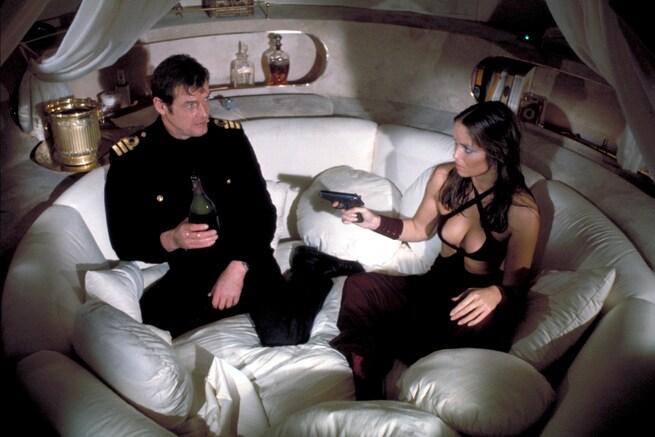 2/7 - Agente 007. La spia che mi amava