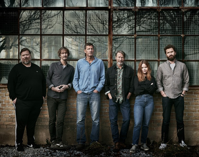 Mads Mikkelsen, Andrea Heick Gadeberg, Nikolaj Lie Kaas, Nicolas Bro, Lars Brygmann, Anders Thomas Jensen