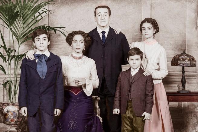 Toni Servillo, Cristiana Dell'Anna, Salvatore Battista, Alessandro Manna, Marzia Onorato