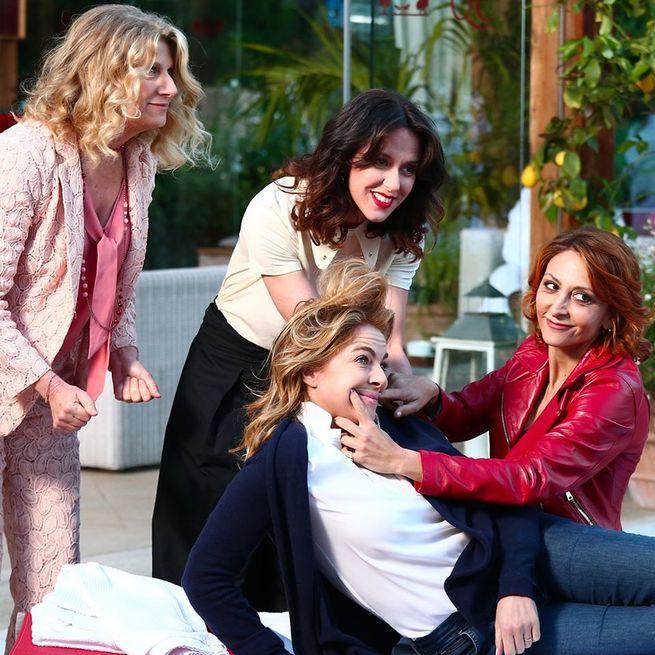 Claudia Gerini, Caterina Guzzanti, Paola Minaccioni, Angela Finocchiaro
