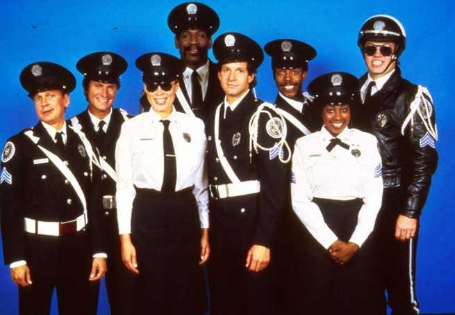 2/6 - Scuola di polizia 3. Tutto da rifare