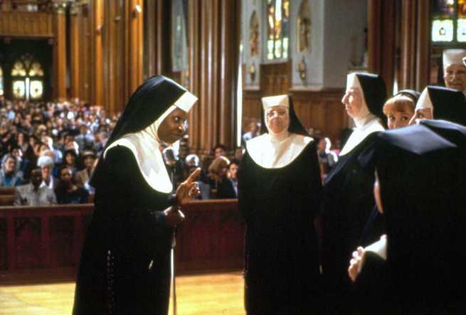 2/7 - Sister Act - Una svitata in abito da suora