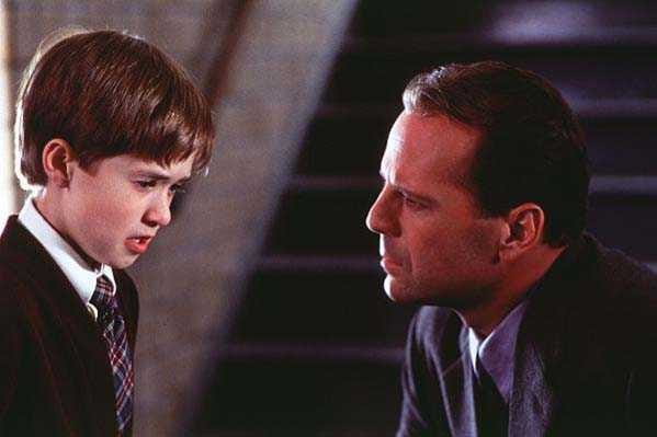 1/7 - The Sixth Sense. Il sesto senso