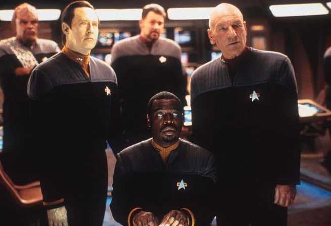 2/7 - Star Trek. La nemesi