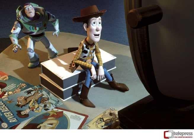 1/7 - Toy Story 2. Woody & Buzz alla riscossa