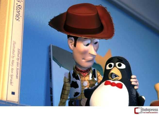 2/7 - Toy Story 2. Woody & Buzz alla riscossa