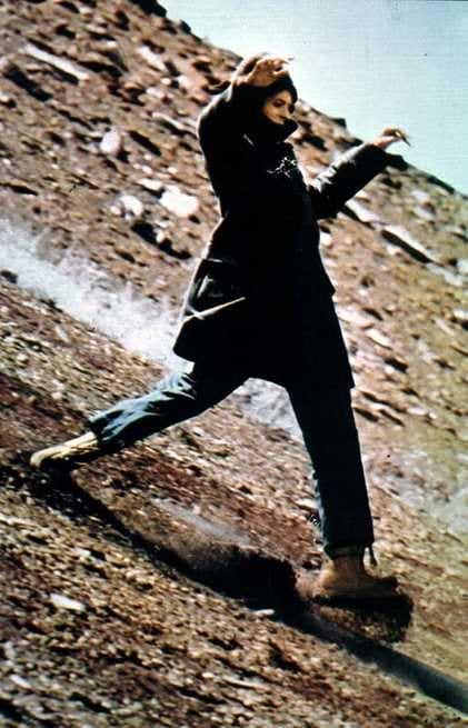 2/3 - L'uomo che cadde sulla Terra