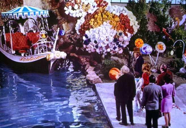 2/2 - Willy Wonka e la fabbrica di cioccolato