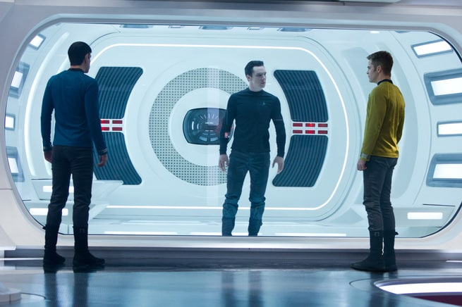 2/7 - Star Trek Into Darkness
