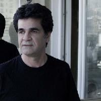 Il regista iraniano Panahi condannato a 6 anni di carcere e a 20 di interdizione: non potrà lasciare l'Iran o realizzare film