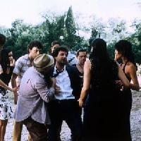 Dizionario del Turismo Cinematografico: Il Casale di Via Penna a Laterina, location del film IL CICLONE