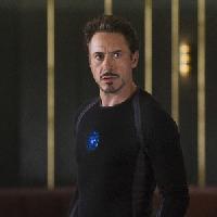 Robert- Iron Man-Downey jr.L'attore piu' ricco del 2014.