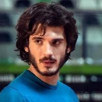 Yon González. L'attore Alfa.