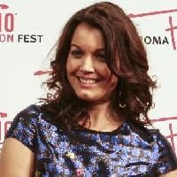 FIRST LADY IN SHONDALAND – Intervista con Bellamy Young