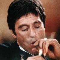 Ridi, pagliaccio: Scarface di De Palma è superiore a The Irishman di Scorsese? E questo mio racconto pubblicato potrebbe essere apprezzato da JOKER?