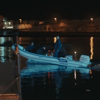 Di notte, sul mare