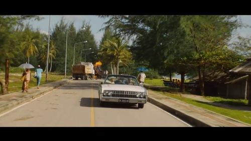 Trailer ufficiale italiano il centenario che salt dalla finestra e scomparve 2013 - Film il centenario che salto dalla finestra e scomparve ...